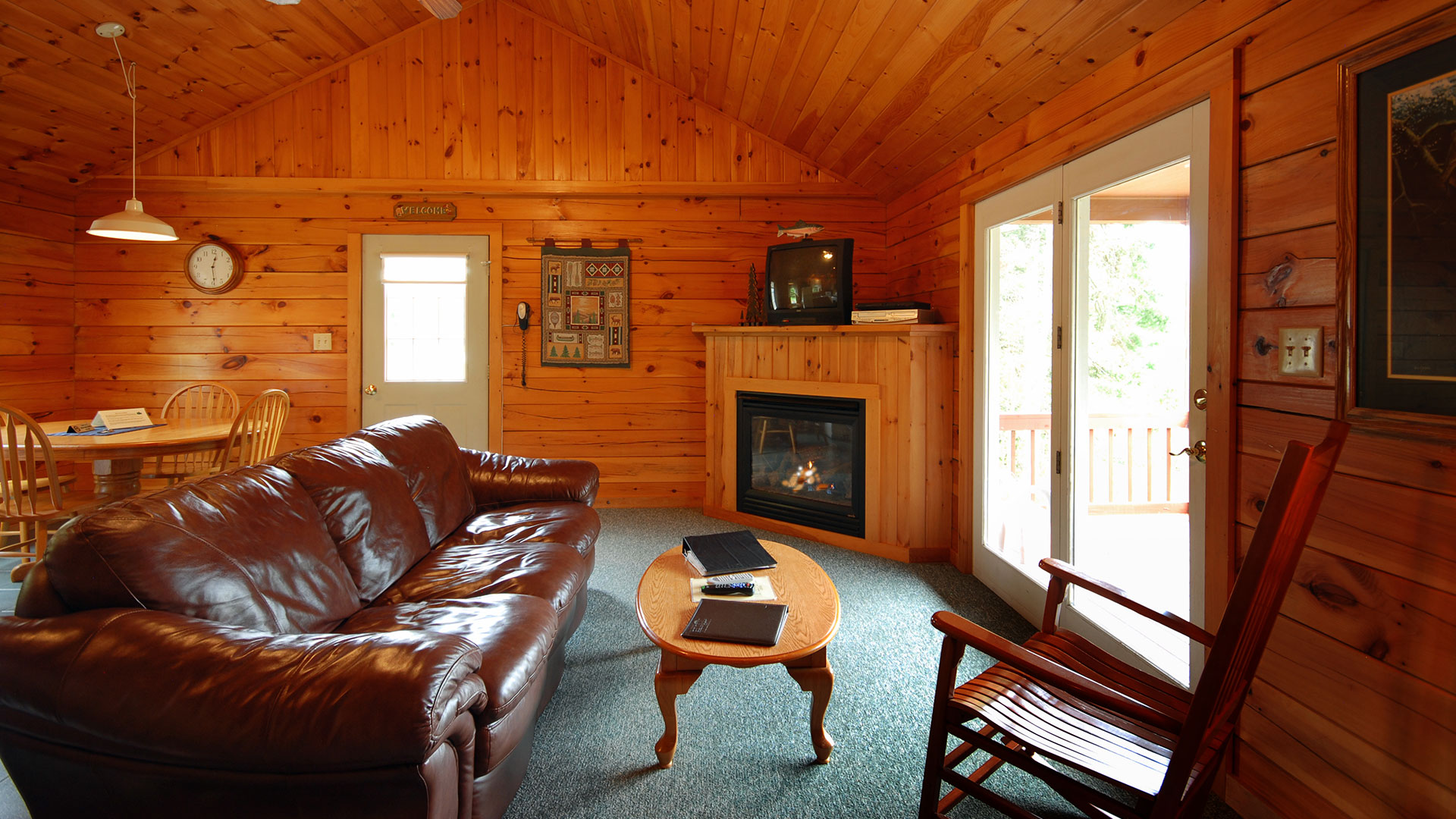 in craftsmanstyle the cabins may from craftsman our pictures model log home vary coventry actual style ourdesigns sale designs mountainview nh for homes design