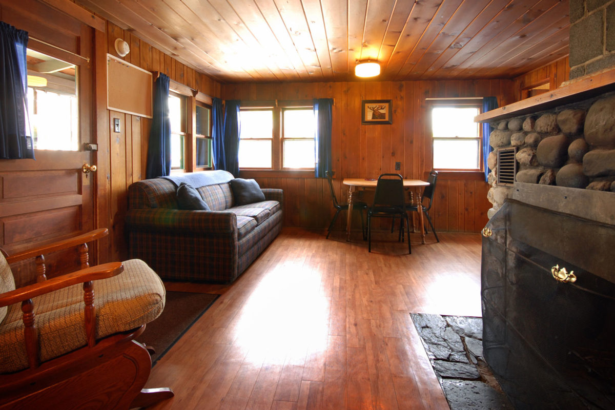 Region 1 robbinsville fontana nc deals gap nc tn for Deals gap cabin rentals