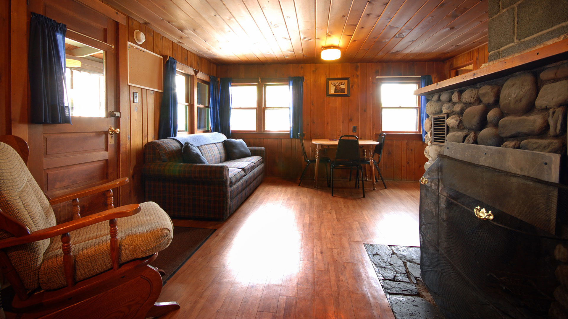 inside nh resort gallery setup in shawnee maine cabins photos mountain cabin pleasant ski rentals photo galleries peak
