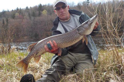 Fishing Guide Chuck DeGray